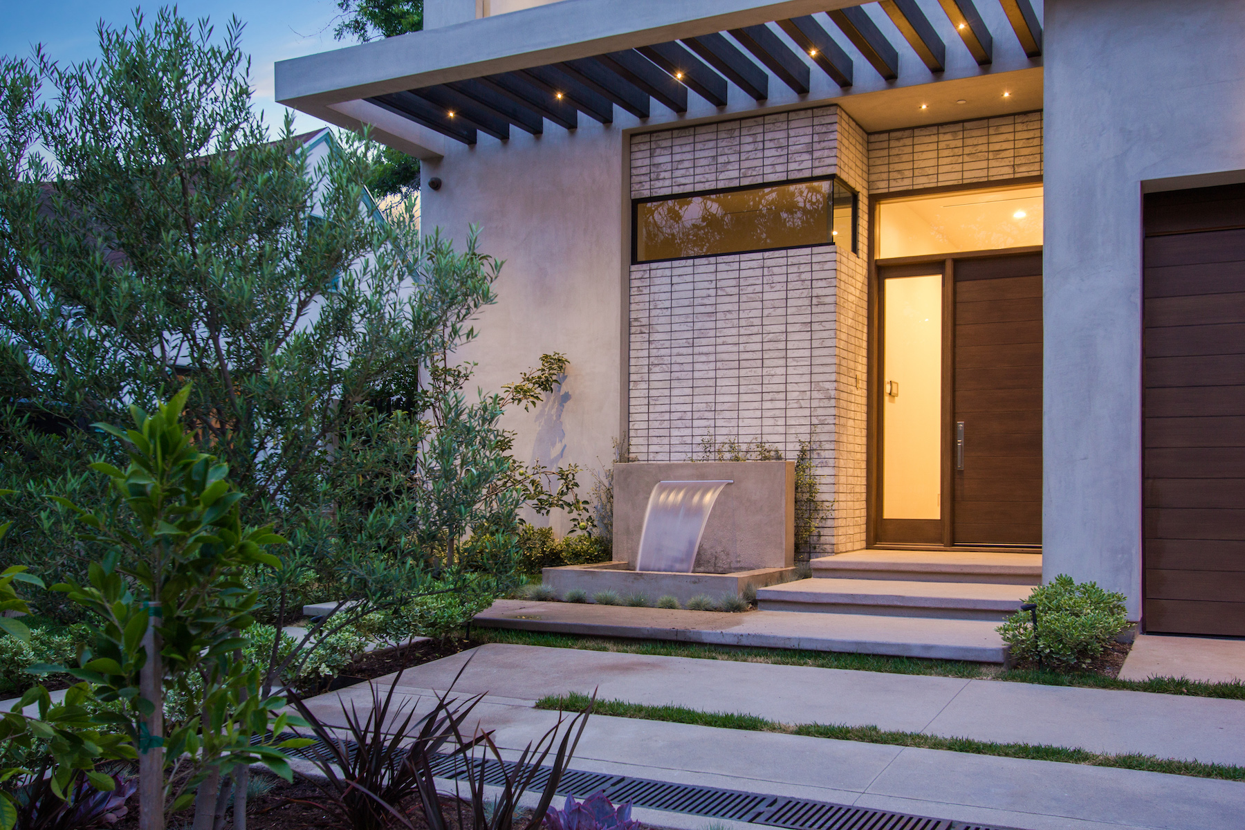 WestHollywood_Modern_1c_sm